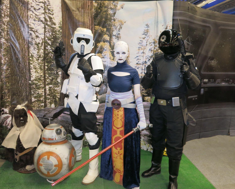 Asajj, Scout Trooper, Gunner, BB-8