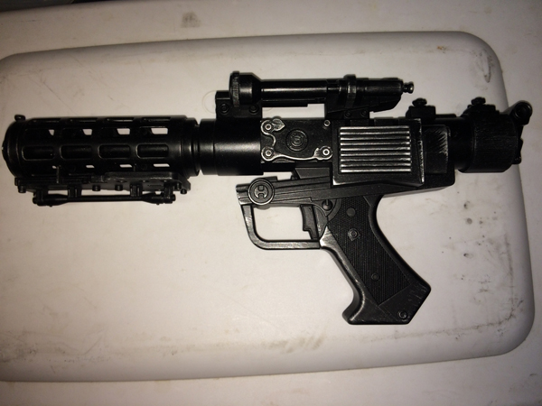 Blastech DT-57 Grievous Blaster resize.jpg